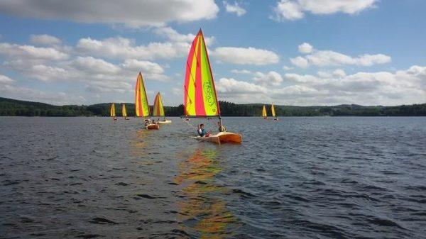 Fun boat activital lac des settons