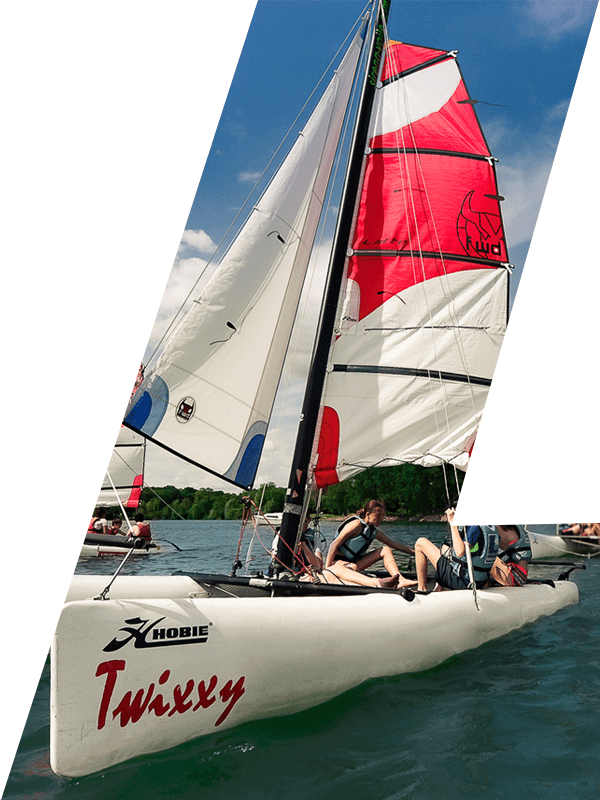 catamaran au domaine activital sport et nature de baye