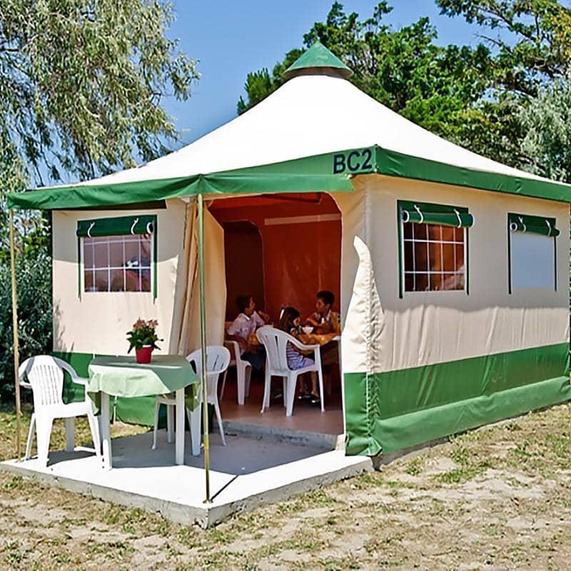 louer-un-bungalis-camping-activital-etang-de-baye